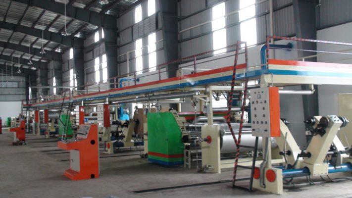 Dây chuyền sản xuất thùng carton tiên tiến hiện đại