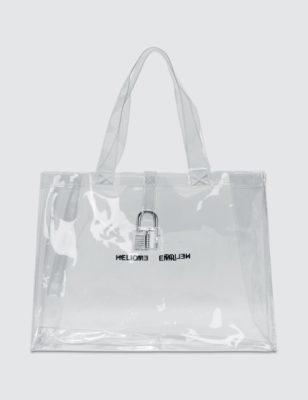 Với đặc tính mềm, dẻo dai, chống thấm chống ẩm rất tốt nên túi PVC được sử dụng rất nhiều trong bán hàng